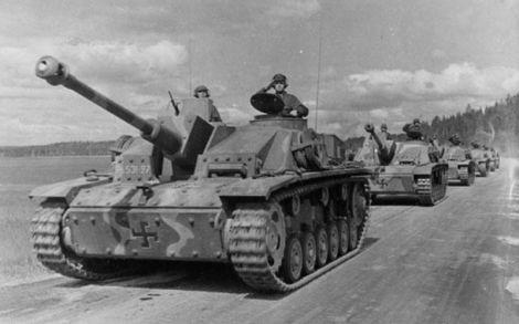 800px-StuG_III_Ausf__G